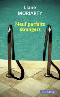 Neuf parfaits étrangers  width=